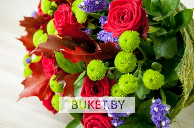 Мужской букет из роз и хризантем
