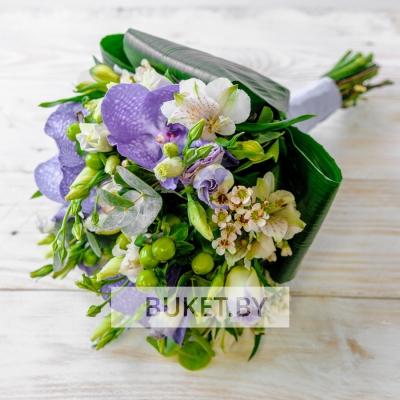 Букет с орхидеей Ванда и альстромериями