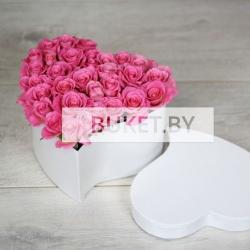 Сердце из роз и других цветов